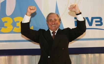 Шефът на FIVB изчетка България