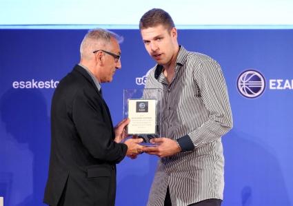 Везенков отново е най-добър млад играч в Гърция