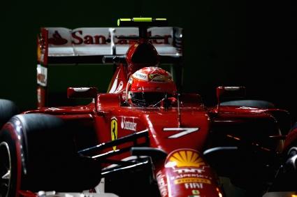 Райконен: Проблемите на Ферари продължават