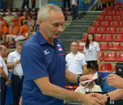 Треньорът на Русия: Нямаме съперничество с Владимир Кузюткин