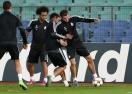 Надникнете в съблекалнята на Реал Мадрид (видео)