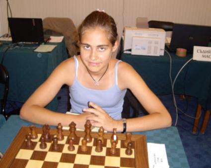 Ани Крумова с първа победа на световното по шахмат за девойки