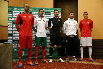 Ето ги новите екипи на националния тим на България (видео+снимки)
