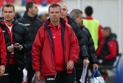 Стойчо Младенов взе две 16-годишни момчета в първия отбор на ЦСКА