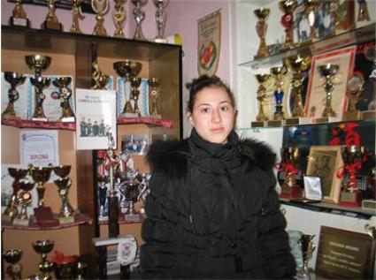 Българите започнаха с титла и бронз на СП по самбо за младежи и девойки