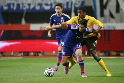 Япония с първа победа под ръководството на Агире