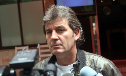 Емо Костадинов: Слабо, мачът ще се запомни само с боя по трибуните
