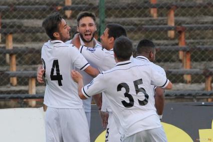 Славия разби Септември за 20 минути - македонец се отличи с два гола