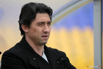 Ветераните на ЦСКА и Левски излизат в благотворителен мач