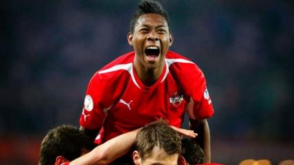 Австрия би Черна гора и оглави групата си