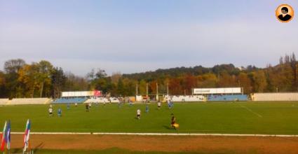 Неизплатени суми и лъжите на ръководството накараха 10 футболисти да бойкотират мача със Суворово