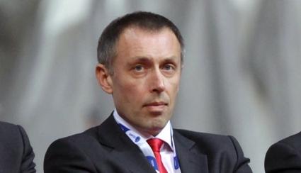 Томич започна с победа в Олимпиакос