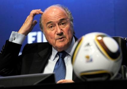 Президентът на ФИФА на трибуните за Норвегия - България
