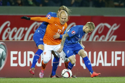 Исландски шамар за Холандия (видео)