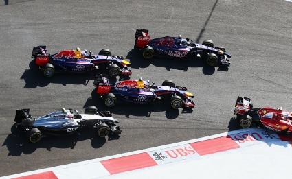"""Ред Бул: Мерцедес не трябва да блокират """"размразяването"""" на двигателите"""