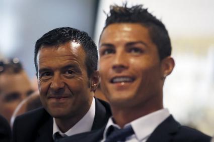 Най-влиятелните футболни агенти