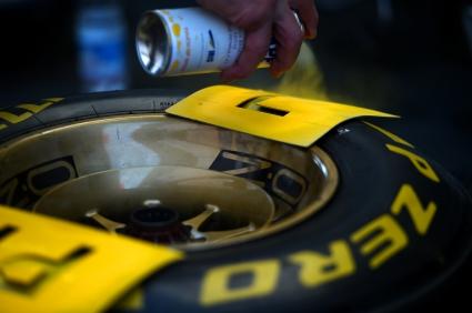 Гумите за Гран при на САЩ (Видео)