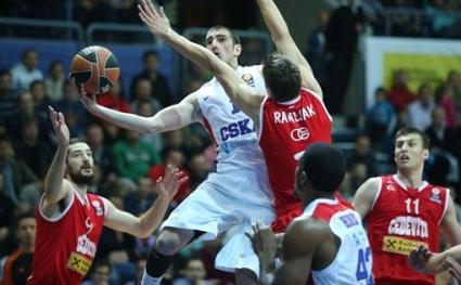 Четири отбори останаха без загуба в Евролигата