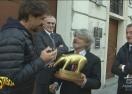 """""""Златен скункс"""" за президента на Самп"""