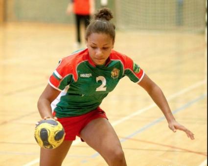 Българката ще играе в основния кръг на ШЛ по хандбал