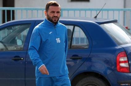 Левски тренира без Миро Иванов