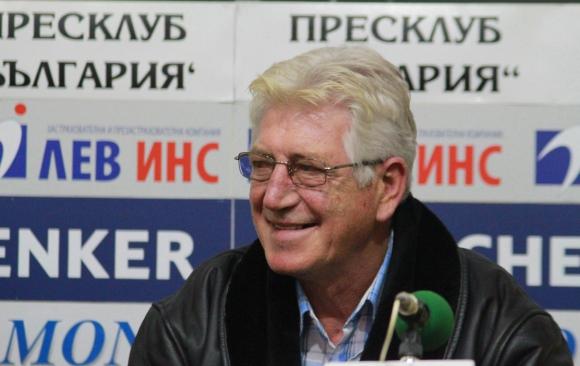 Георги Велинов: Михайлов трябва да се събуди - залъгват го, че на главата му все още стои лавров венец