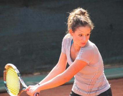 Юлия Стаматова се класира на 1/4-финал на двойки в Анталия