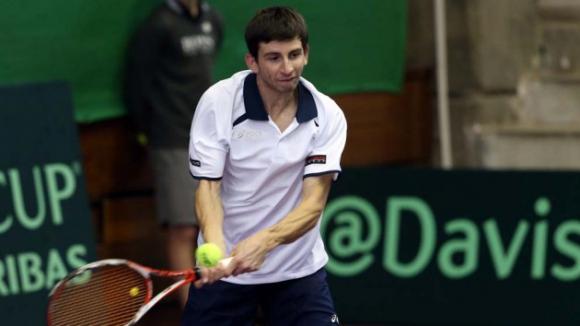 Александър Лазов се класира за финала на двойки