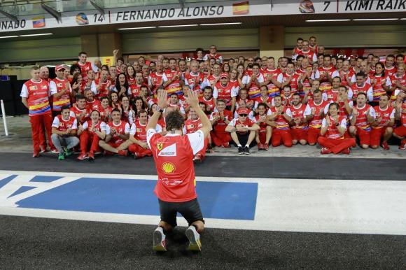 Ферари всяка година трябва да са фаворити за титлата - Алонсо