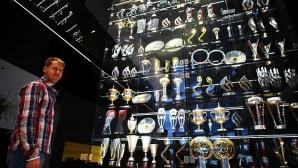 """20 от откраднатите трофеи на """"Ред Бул"""" изхвърлени в езеро"""