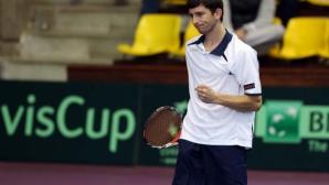 Александър Лазов продължава на полуфиналите на двойки в Санто Доминго