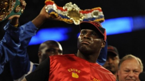 Адонис Стивънсън защити титлата си на световен шампион