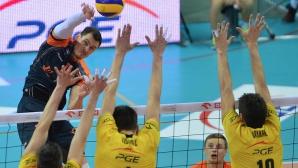 Ястрежeбски удари СКРА с 3:2 в Белхатов, шампионите с втора загуба в Полша