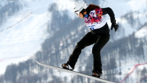 Сани Жекова преодоля квалификациите в сноубордкроса на СП в Австрия! Финалите утре пряко по Еurosport 2