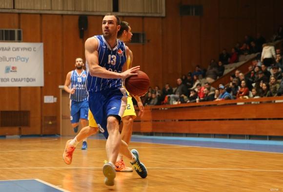 Великов и Алексиев пропускат дербито с Балкан