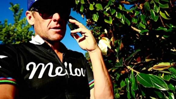 Скандален клип с Ланс Армстронг (ВИДЕО)
