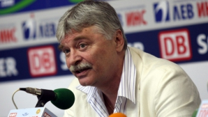 Данчев: ЦСКА се управлява добре, в по-добра позиция от Лудогорец е