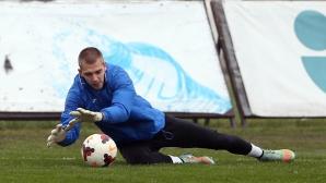 Пламен Илиев с цял мач днес
