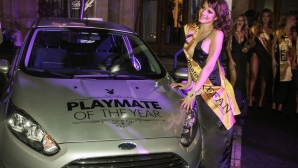 PLAYBOY: Вики е Playmate of the year 2014