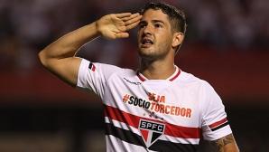 Пато вкара два гола за успеха на Сао Пауло срещу Данубио