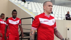 Тончи Кукоч: Локо, бъди готов да поздравиш шампиона на България