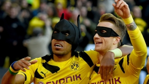 Батман и Робин разбиха Шалке 04 (видео + галерия)