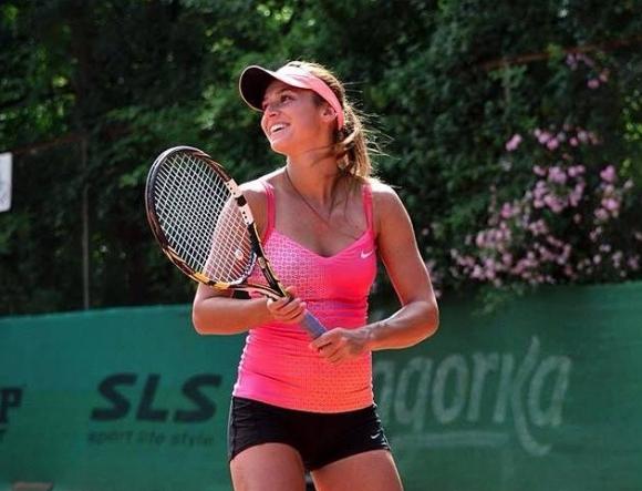 Ани Вангелова влезе в основната схема в Анталия