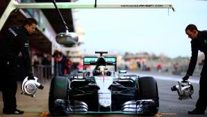 Мерцедес извървяха пътя към старта на сезон 2015 (Видео)