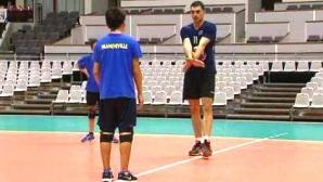 Владо Николов с първи стъпки в треньорската дейност (видео)