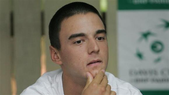 Кузманов отпадна на полуфиналите на сингъл