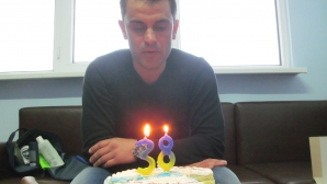 Поне още 38 успешни месеца начело на Дунав пожелаха фенове на Веселин Великов