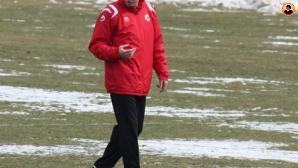 Феновете на ЦСКА категорични - искат Любо Пенев за треньор!