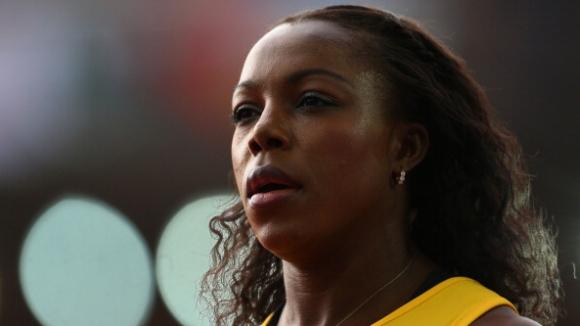 Кембъл-Браун открива сезона с 400 м