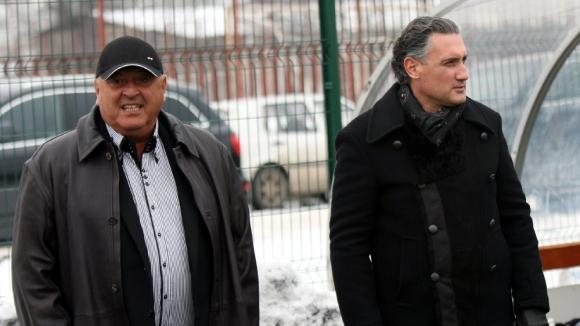 Венци Стефанов: Домусчиев е добро момче, но псевдоспециалисти му пречат